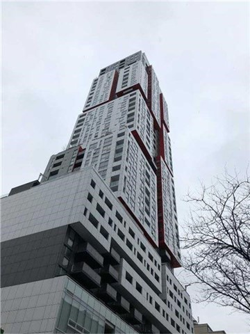 For Rent: 810 - 318 Richmond Street, Toronto, ON   1 Bed, 1 Bath Condo for $2,450. See 20 photos!