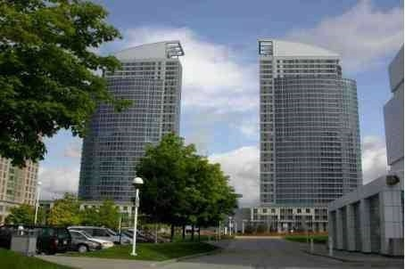 Sold: 810 - 36 Lee Centre Drive, Toronto, ON