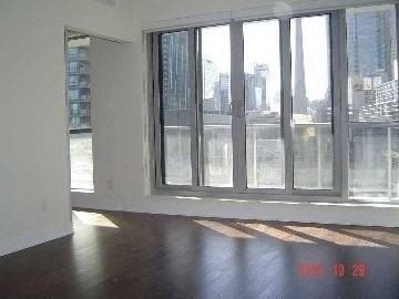Apartment for rent at 55 Front St Unit 810 Toronto Ontario - MLS: C4447717