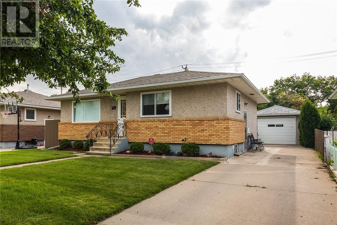 Removed: 810 9 Street North, Lethbridge, AB - Removed on 2019-10-29 05:18:06