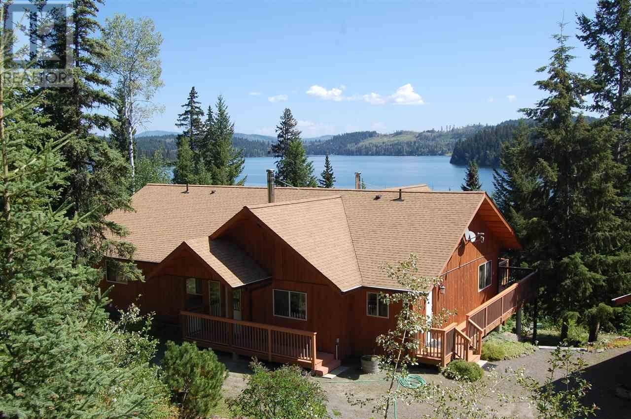 House for sale at 8107 24 Hy Bridge Lake British Columbia - MLS: R2395857