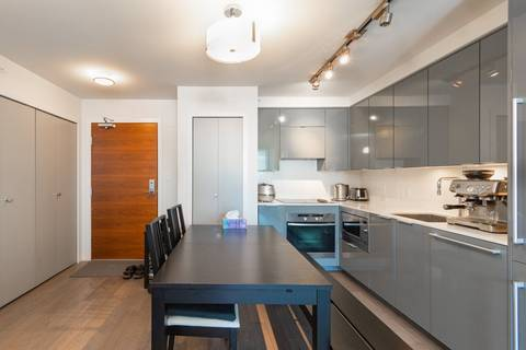 Condo for sale at 161 Georgia St W Unit 811 Vancouver British Columbia - MLS: R2439958