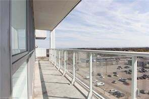 Condo for sale at 65 Speers Rd Unit 811 Oakville Ontario - MLS: O4851219