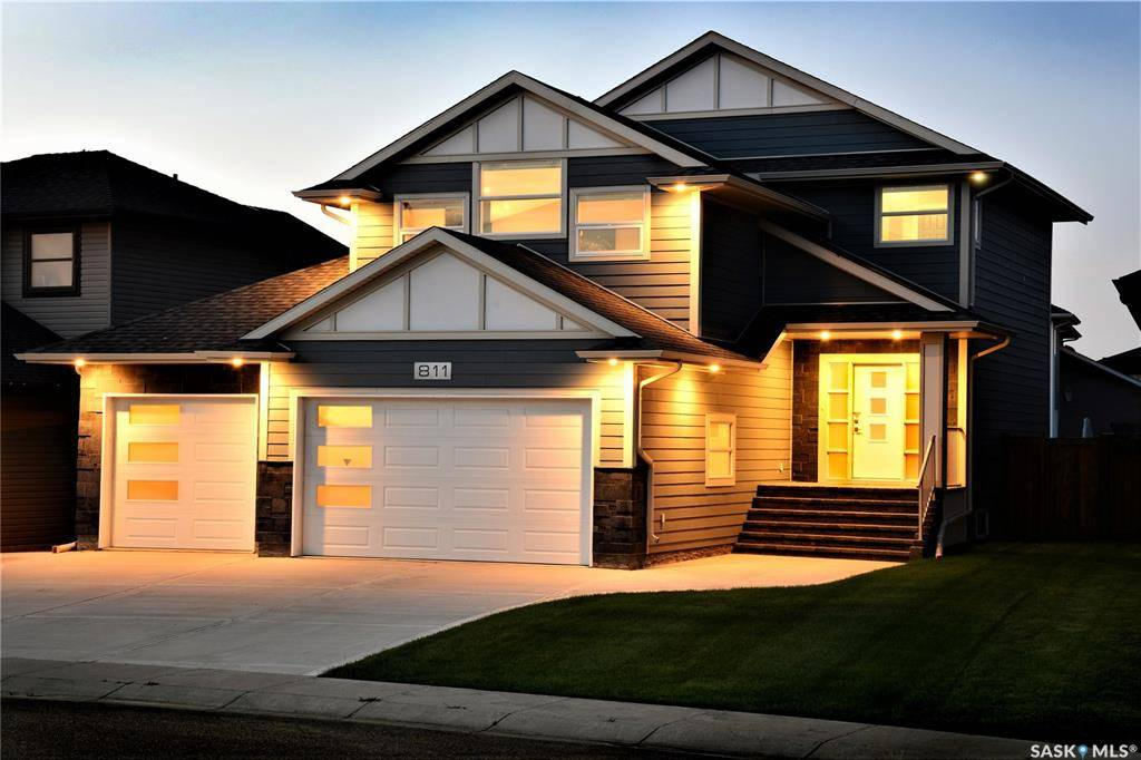 House for sale at 811 Sauer Ln Saskatoon Saskatchewan - MLS: SK782442