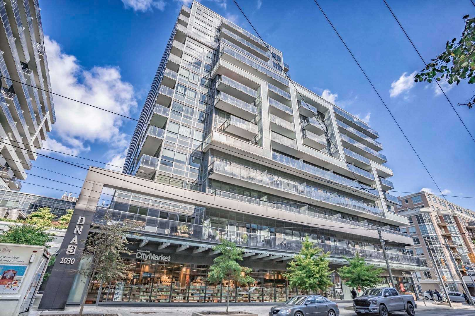 For Sale: 812 - 1030 King Street West, Toronto, ON | 1 Bed, 1 Bath Condo for $550000.00. See 28 photos!