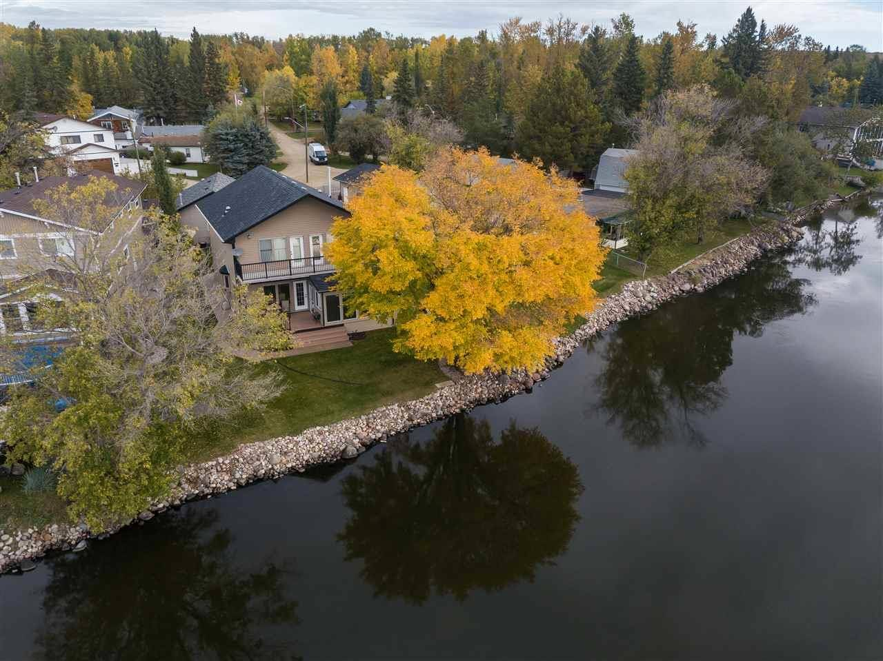 812 8 Street, Rural Lac Ste. Anne County | Image 1