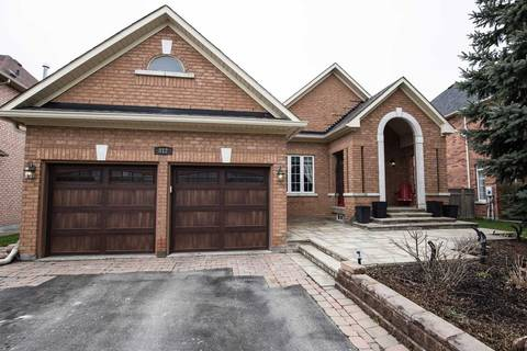 House for sale at 812 Quantra Cres Newmarket Ontario - MLS: N4437301