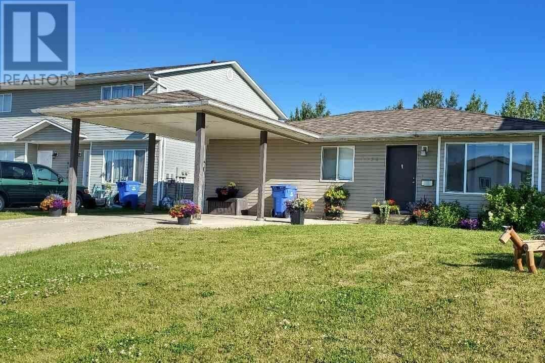 House for sale at 8124 90 Ave Fort St. John British Columbia - MLS: R2486584