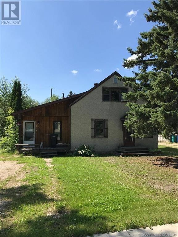 House for sale at 813 3 Ave Beaverlodge Alberta - MLS: GP207940
