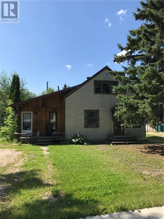 House for sale at 813 3 Avenue Court Beaverlodge Alberta - MLS: GP214076