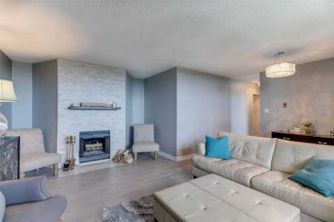 Residential property for sale at 700 Dynes Rd Unit 813 Burlington Ontario - MLS: W4826149