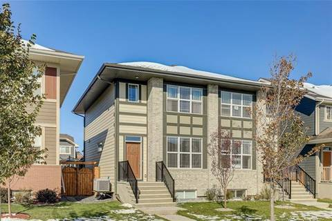 Townhouse for sale at 8136 Masters Blvd Southeast Calgary Alberta - MLS: C4270313