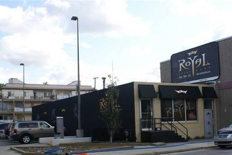 Commercial property for sale at 814 Edmonton Tr Northeast Calgary Alberta - MLS: C4287244