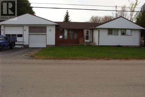 House for sale at 816 3rd St E Watrous Saskatchewan - MLS: SK799748
