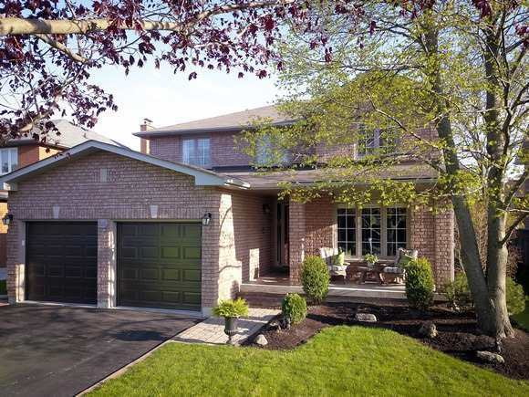 Sold: 816 Hollander Road, Newmarket, ON