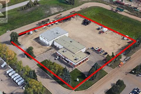 Commercial property for lease at 8164 Edgar Industrial Cs Red Deer Alberta - MLS: ca0157107