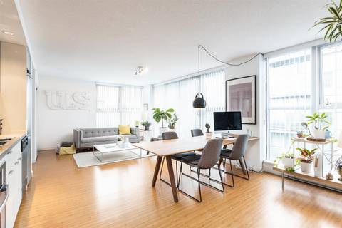 Condo for sale at 168 Powell St Unit 817 Vancouver British Columbia - MLS: R2453947