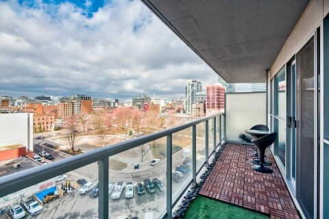 Apartment for rent at 352 Front St Unit 817 Toronto Ontario - MLS: C5057454