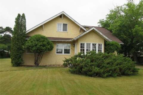 House for sale at 817 Main St Melville Saskatchewan - MLS: SK814691