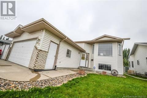House for sale at 8177 107 St Grande Prairie Alberta - MLS: GP207723