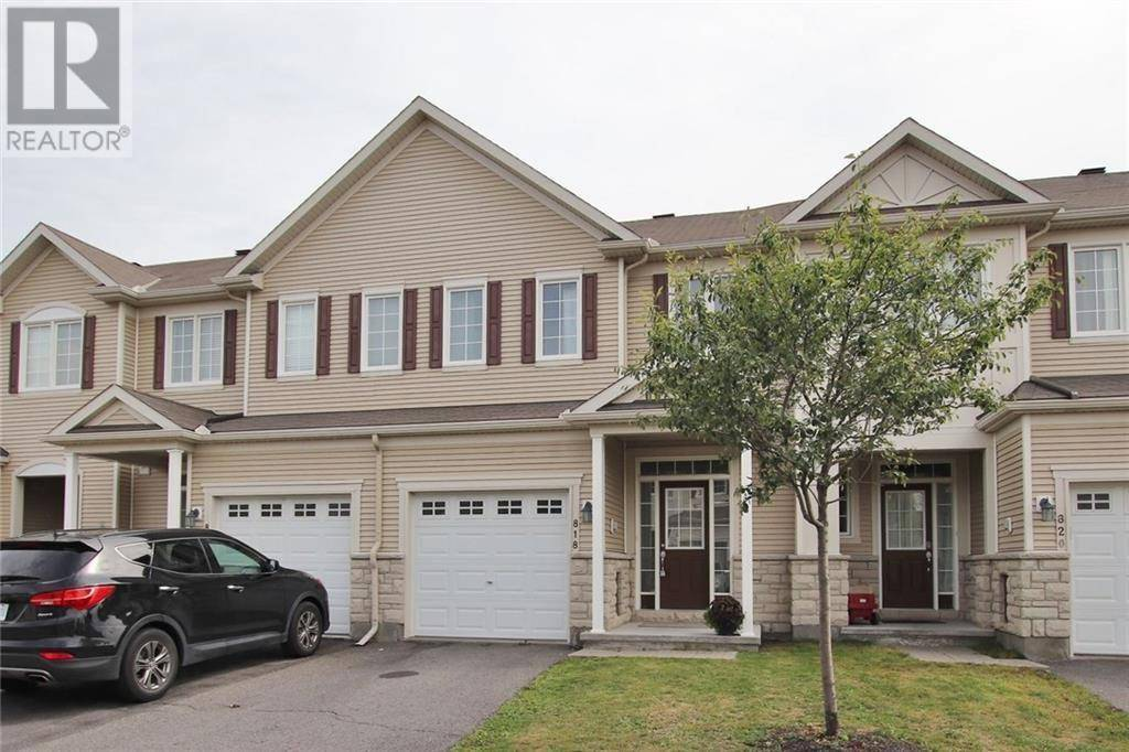 Townhouse for rent at 818 Kennacraig Pt Ottawa Ontario - MLS: 1175793