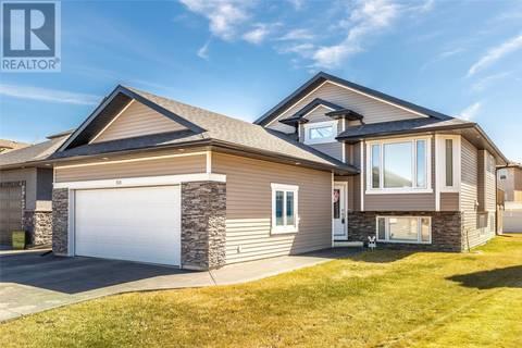 House for sale at 818 Wilkins Ct Saskatoon Saskatchewan - MLS: SK772340