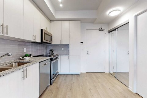 Condo for sale at 3091 Dufferin St Unit 819 Toronto Ontario - MLS: W4968012