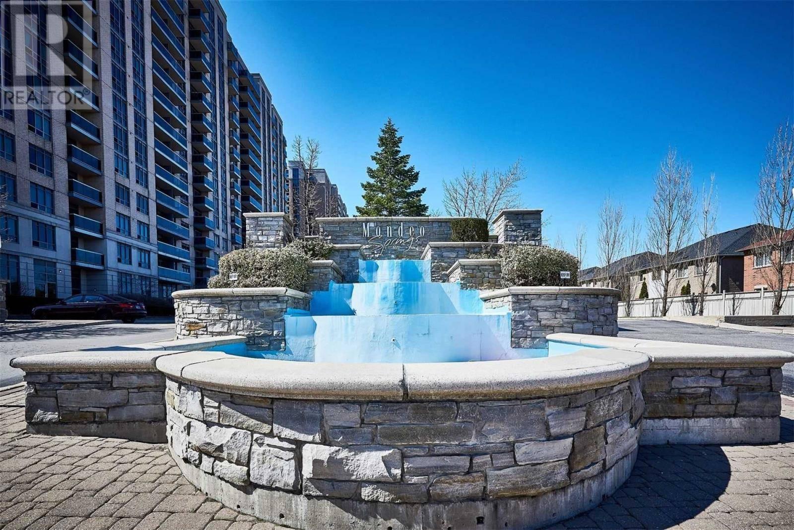 Condo for sale at 8 Mondeo Dr Unit 819 Toronto Ontario - MLS: E4737075