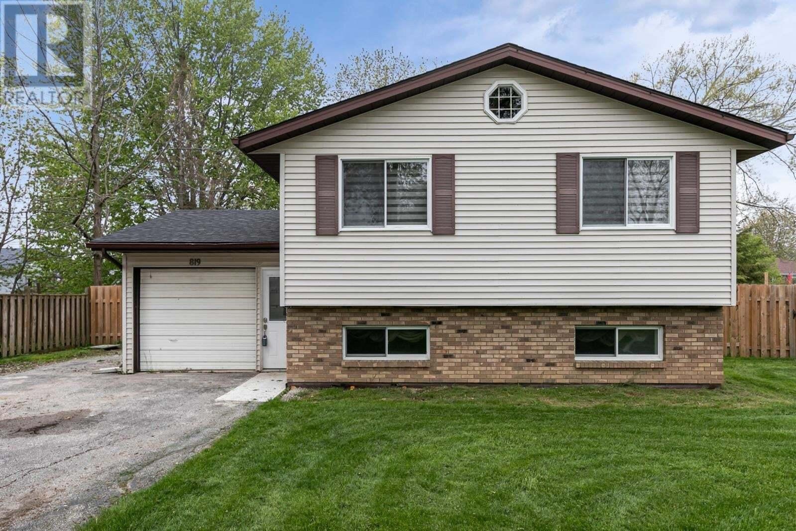 House for sale at 819 Lawndale  Kingsville Ontario - MLS: 20005729