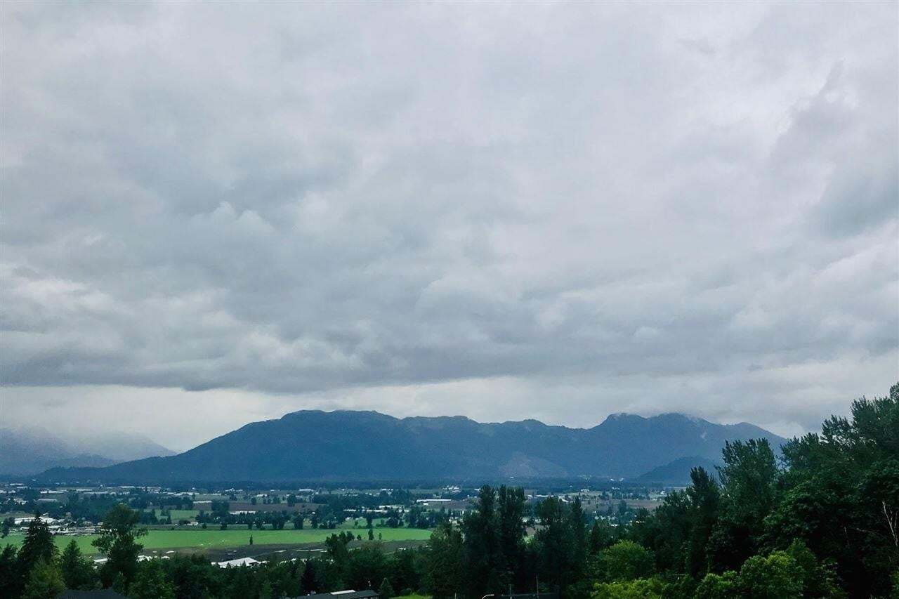 Residential property for sale at 8199 Harvest Pl Chilliwack British Columbia - MLS: R2500160