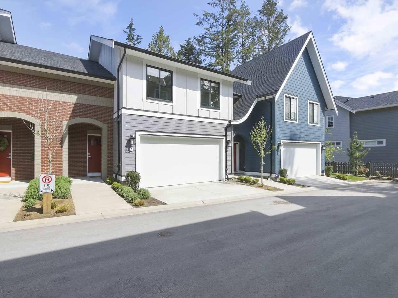 Buliding: 15677 28 Avenue, Surrey, BC
