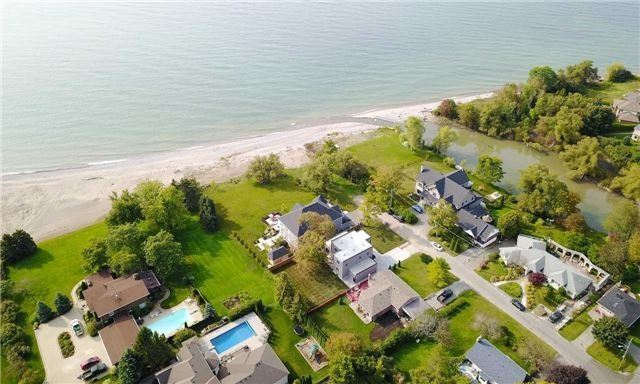 For Sale: 82 Cedermere Avenue, Cobourg, ON | 3 Bed, 3 Bath House for $1,299,000. See 20 photos!