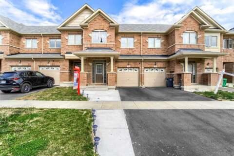 Townhouse for sale at 82 Davenfield Circ Brampton Ontario - MLS: W4927345