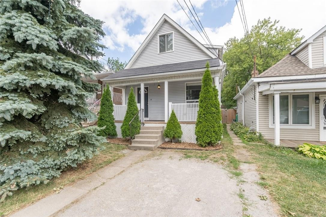 House for sale at 82 East 35th St Hamilton Ontario - MLS: H4084771