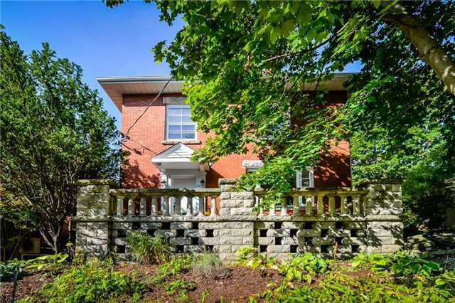 For Sale: 82 Eramosa Road, Guelph, ON | 5 Bed, 4 Bath House for $849,900. See 20 photos!