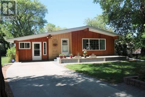 House for sale at 82 Fifth Ave N Yorkton Saskatchewan - MLS: SK762674
