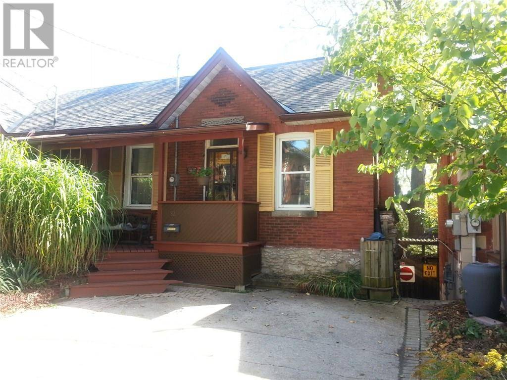 House for sale at 82 Foster Ave Guelph Ontario - MLS: 30768791