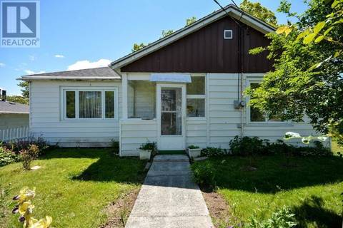 House for sale at 82 Jackson Rd Dartmouth Nova Scotia - MLS: 201909918