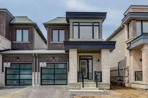 Townhouse for sale at 82 Larkin Ln Clarington Ontario - MLS: E4455431