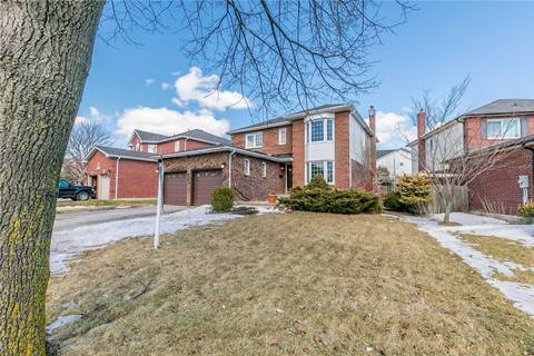 House for sale at 82 Lipton Cres Whitby Ontario - MLS: E4388772