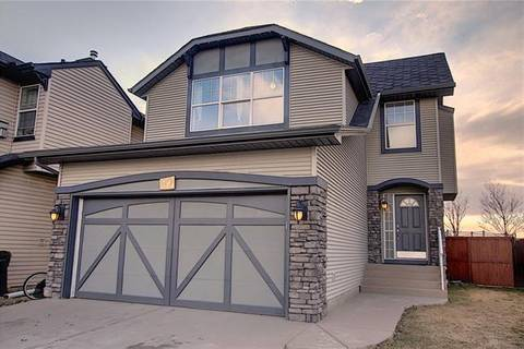 House for sale at 82 New Brighton Circ Southeast Calgary Alberta - MLS: C4294273