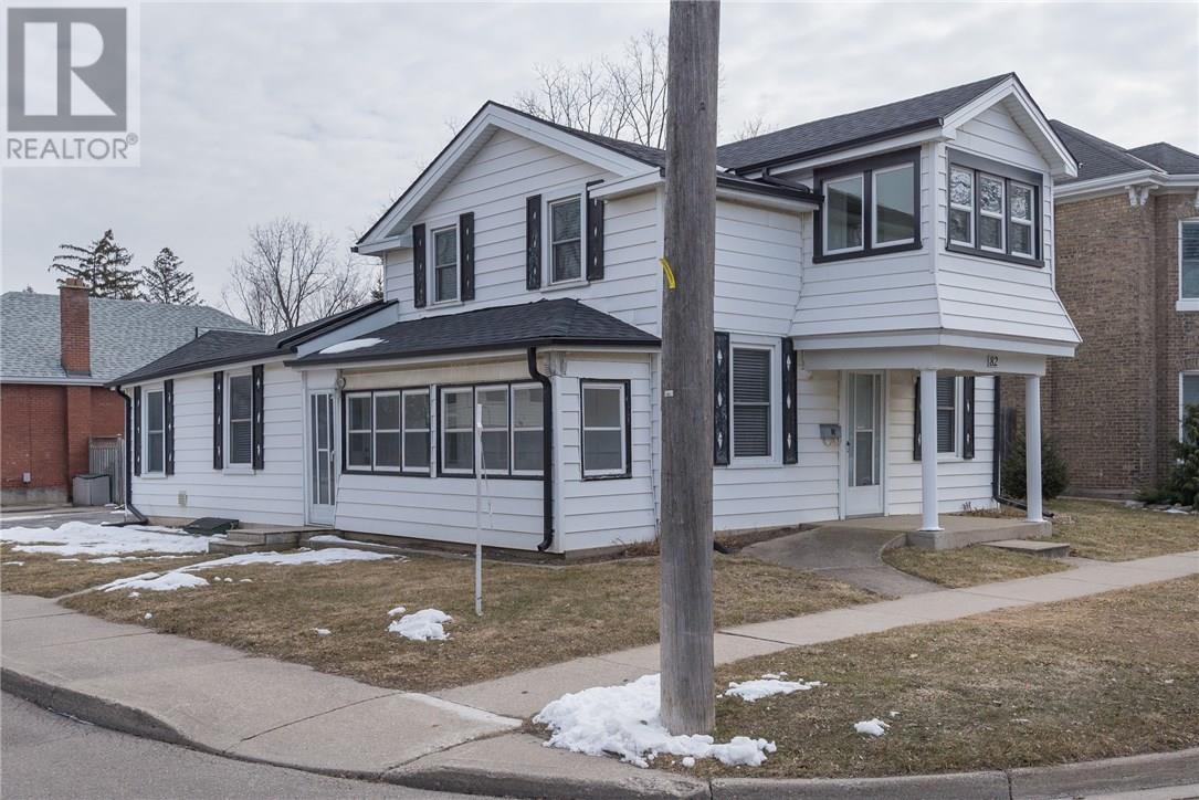 Removed: 82 Oak Street, Brantford, ON - Removed on 2018-05-08 10:02:14