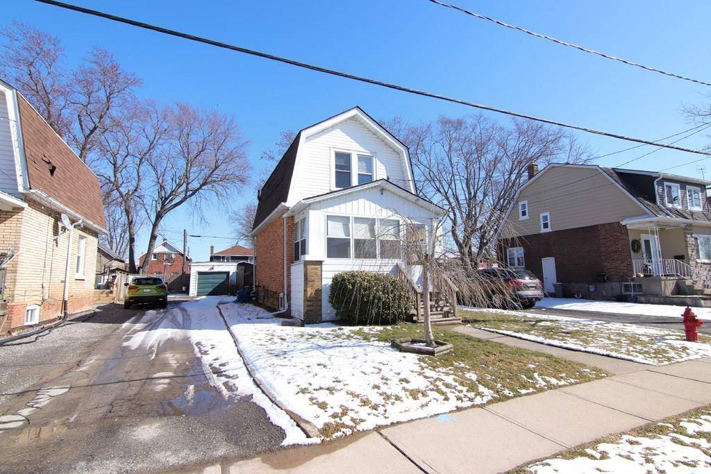 House for sale at 82 Oakland Ave Welland Ontario - MLS: 30796186
