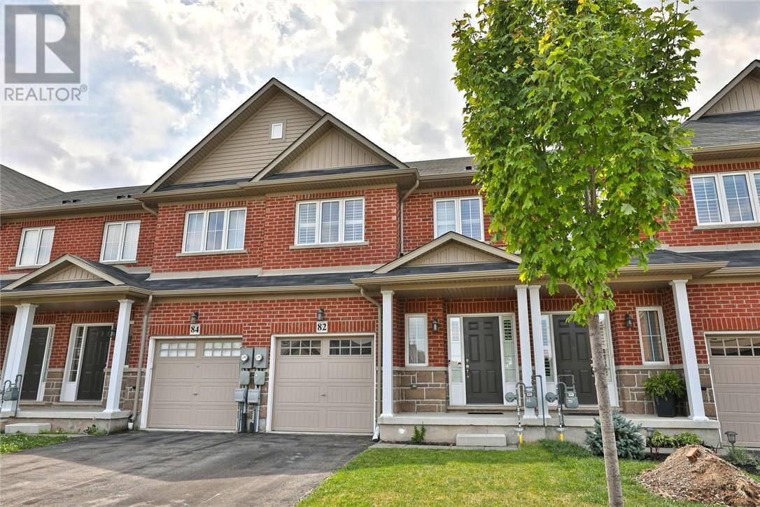 Townhouse for sale at 82 Palacebeach Tr Stoney Creek Ontario - MLS: 30757092