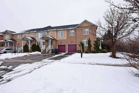 Townhouse for sale at 82 Redfinch Wy Brampton Ontario - MLS: W4702651
