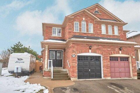 Townhouse for sale at 82 Skylar Circ Brampton Ontario - MLS: W5001431