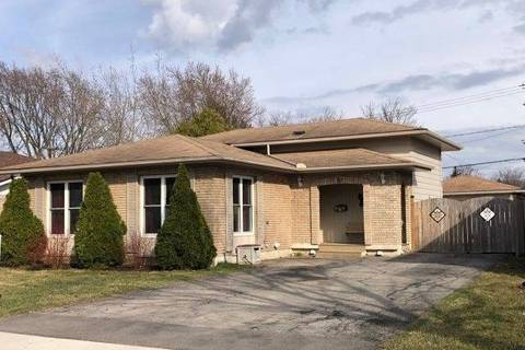 House for sale at 82 Trelawn Pkwy Welland Ontario - MLS: X4411600