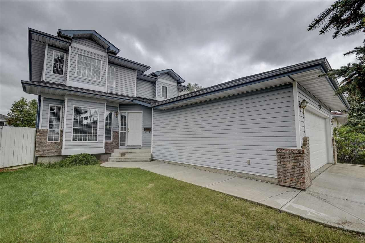 House for sale at 820 113a St NW Edmonton Alberta - MLS: E4213837