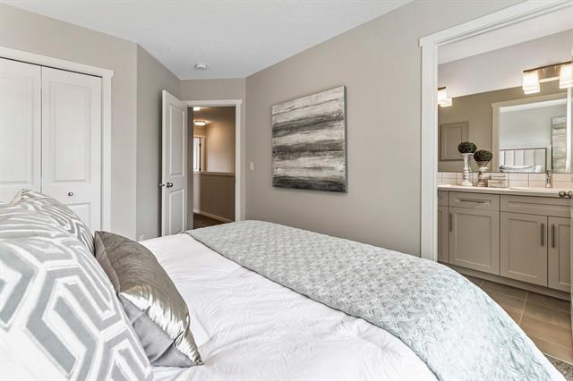 For Sale: 820 21 Avenue Southeast, Calgary, AB   3 Bed, 2 Bath Townhouse for $579,900. See 33 photos!