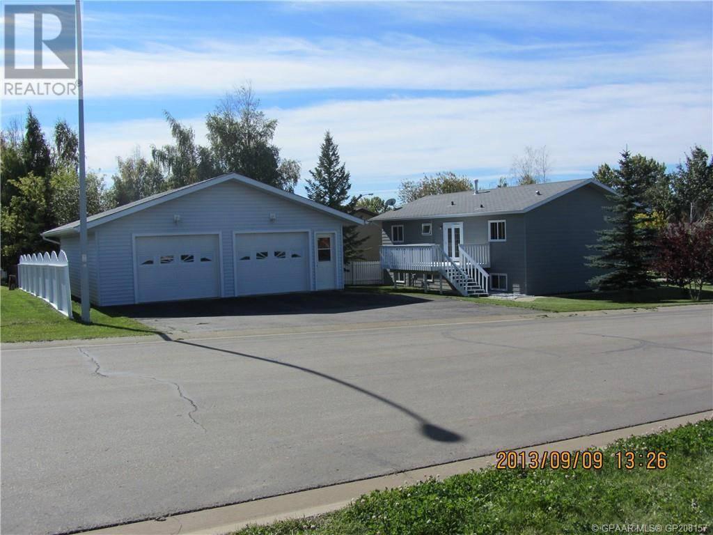 House for sale at 820 Almond Ave Beaverlodge Alberta - MLS: GP208157
